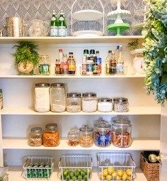 how to organize your pantry and keep it organized