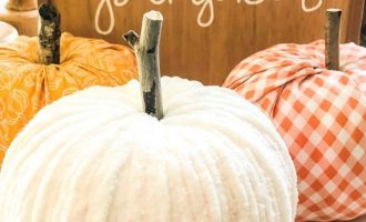 12 easy ways to decorate a faux pumpkin