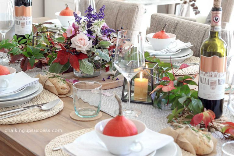 This image has an empty alt attribute; its file name is Simple-Thanksgiving-Tablescapes1.jpg